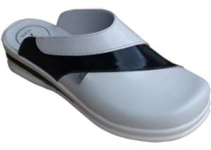 Медицински чехли - Дамски медицински чехли код SS24 - BG
